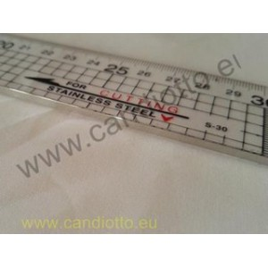 Ruler for patchwork and quilt from 5 x 30 cm plastic and steel profile